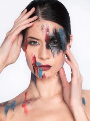 2019 Artistic makeup · By: Allen Lu