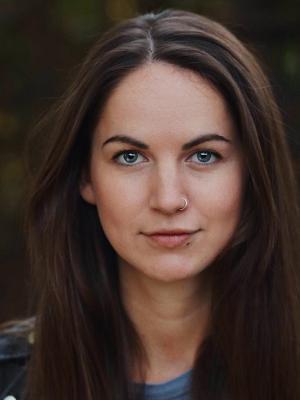 Hannah Barker
