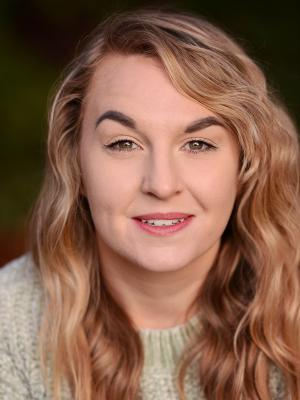 2019 Madeleine Hagerty Headshot · By: Aimee Spinks