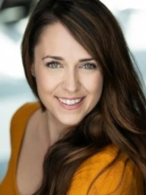 Lizzie Ottley