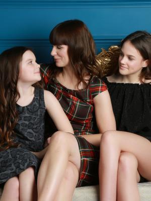 2020 Family photo · By: Vanity Studios