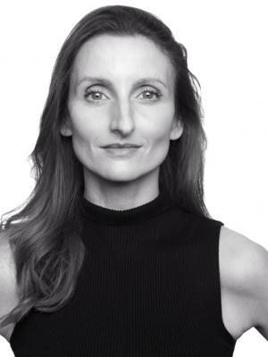 Victoria Shotton-Oza Headshot 2019