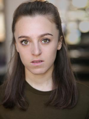 2020 Julia Kass - Headshot 3 · By: Lily Barnes Photography