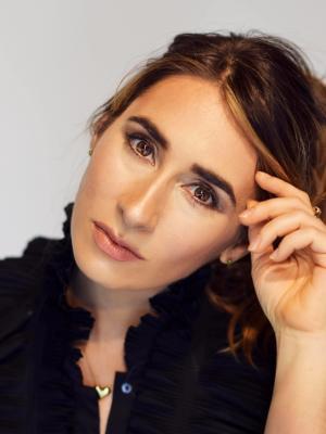 Ilana the Romancer
