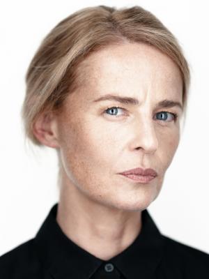 Elin Petersdottir, Actor