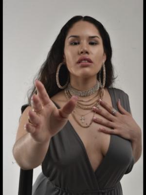 Julissa Guillen Davila, Singer
