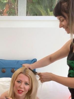 Hair styling/extensions/cut for Tara Reid