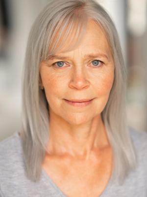 2020 Jenny Kent Actors Headshot · By: Alishia Love