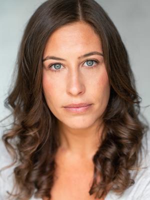 Laura Tindle Headshot Neutral