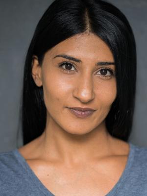 Aizah Khan