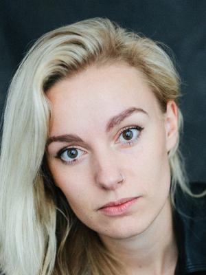 Holly Nunn