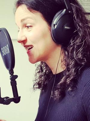 Kluane Saunders -Voiceover professional
