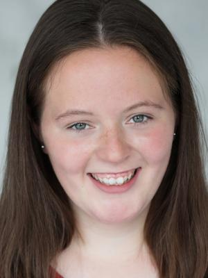 Kianna Evans Headshot 4