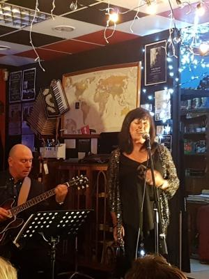 Bacharach songs evening: What the World Needs Now. Maria with band inc. guest guitarist Carl Orr