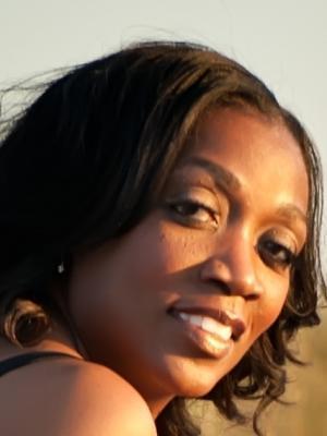 Nichelle Colvin, Singer