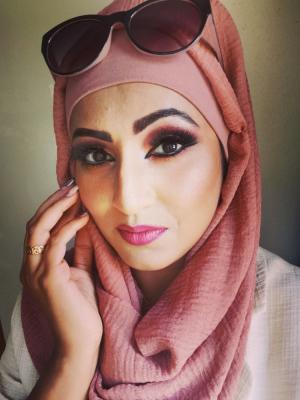 2020 Arab woman · By: Bitu Thomas