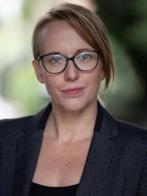 2020 Rachel Howells · By: Craig Sugden