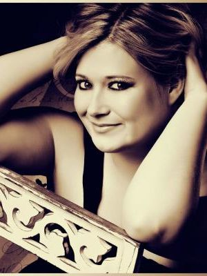 Samantha Carr