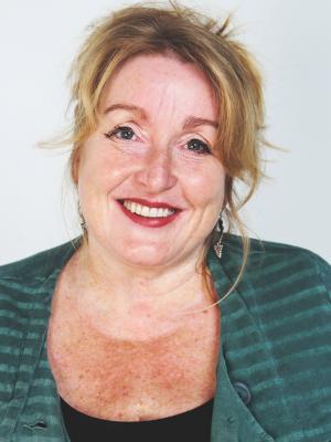 Carole Wears