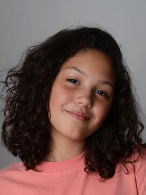 Ana Angel Flores