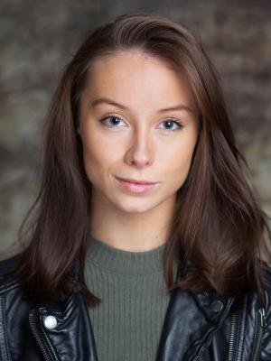 Caitlin Robertson