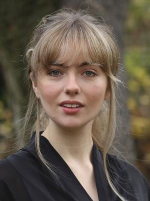 Chloé Lillas, Actor