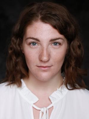 2019 Izzie Smith - Period Headshot · By: Imperia Staffieri
