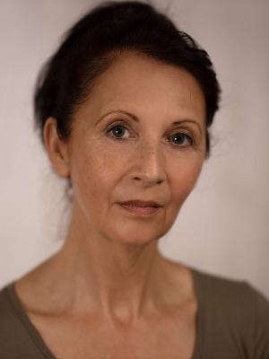 Debra Leigh-Taylor Headshot