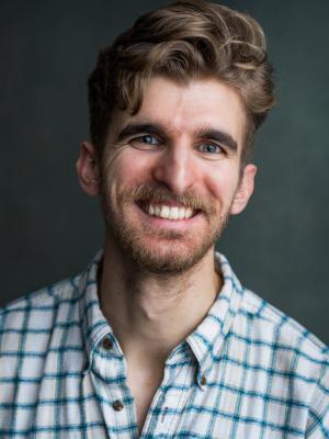 Andrew Sharpe - Headshot