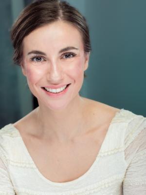 Rebecca Wicking - Headshot 4