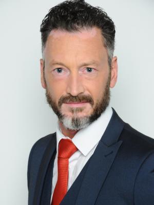 Darren Sinden