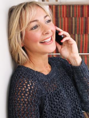 2020 Amanda Holly phone · By: Amanda holly