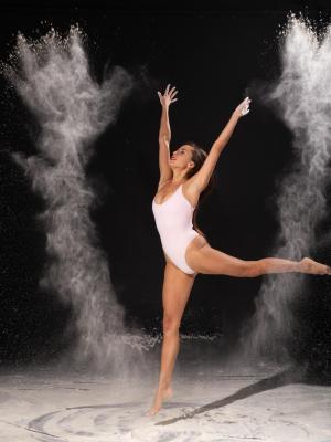 2021 Dance · By: leo S