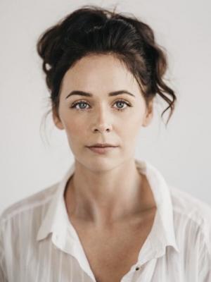 Nicola Holt