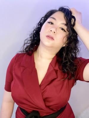Headshot red dress 2