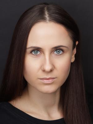 Zhenya Leverett_Headshot