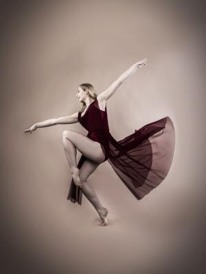Liberty Lorne, Dancer