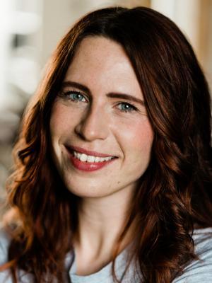 Lucy Brownhill Headshot 1