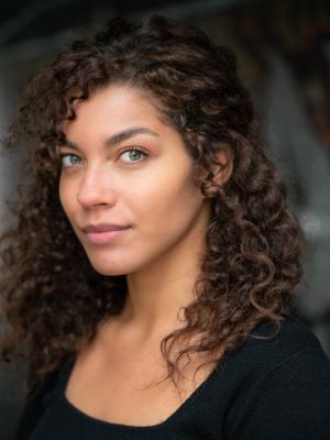 Julia Holden