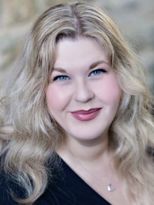 Laura Maclaine
