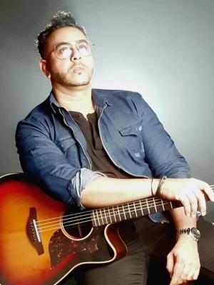 Collin Craff, Singer