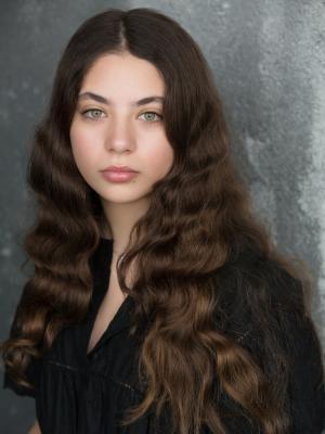 Elysia Kozinos