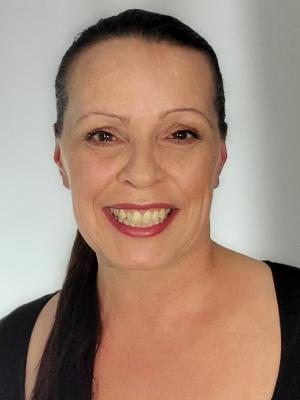 Julie Hoult