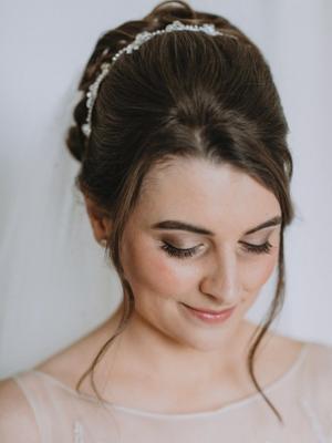 Natural wedding make-up