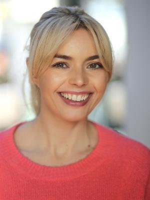 Nina Aimer Fox