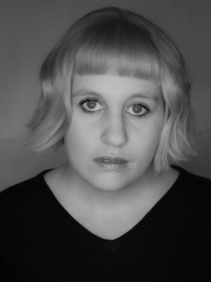 Lauren Hirst, Singer