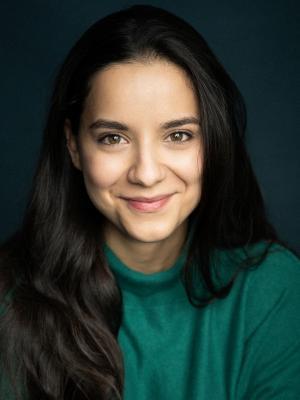 Larisa Muñoz, Actor