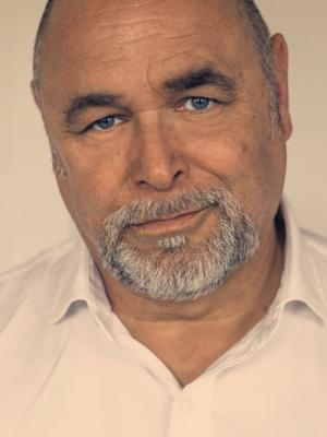 Neil Auker