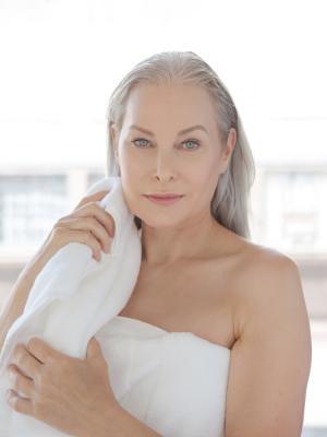 2021 Clean Beauty · By: Nicole Barton