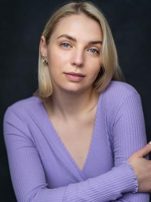 2021 Lauren Bickerdike Headshot · By: YellowBellyPhoto